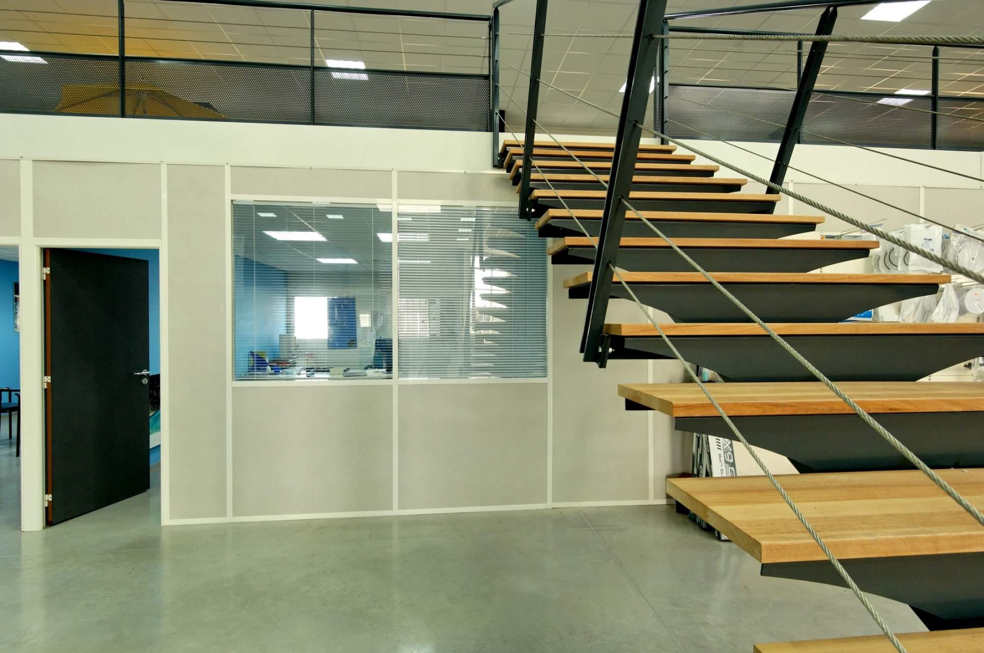 Cloison de bureau amovible vitree semi vitree pleine sur aix