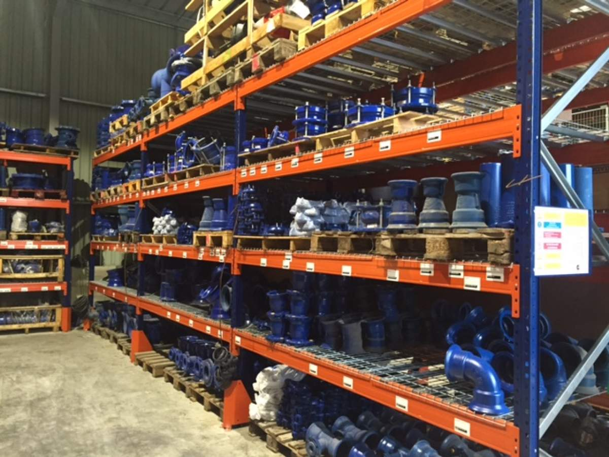 Syst me de rayonnage et stockage industriel avignon - Rack de stockage brico depot ...